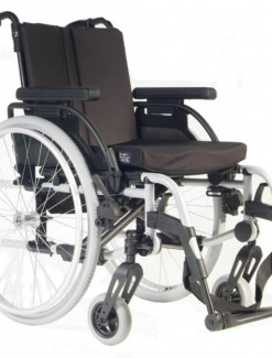 Breezy Rubix Wheelchair - Bariatric & Large/Bariatric Wheelchairs
