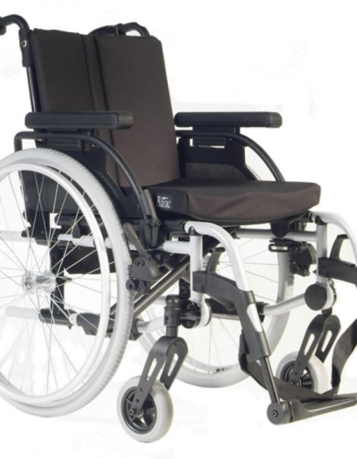 Breezy Rubix Wheelchair in Bariatric & Large/Bariatric Wheelchairs