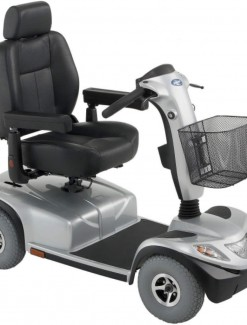 Invacare Comet Heavy Duty Mobility Scooter - Mobility Scooters/Heavy Duty