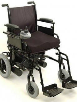 "Invacare P9000XDT Power Chair 18"" x 16"" - Power Wheelchairs/Portable"