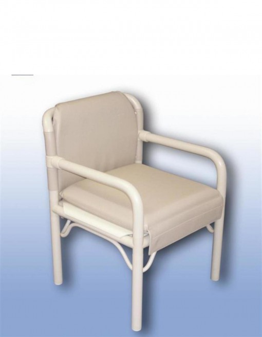Adjustable commode chair in Bathroom Safety/Shower Chairs & Seats